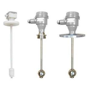 Magnetostrictive liquid level transmitter